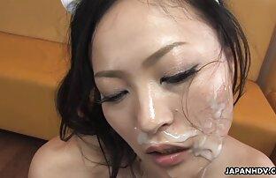 Brunette masturbates trần truồng phim sex online xxx