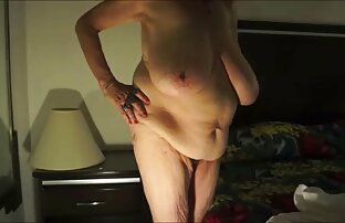 Bộ ngực mềm đẹp video xxx hay của Lana